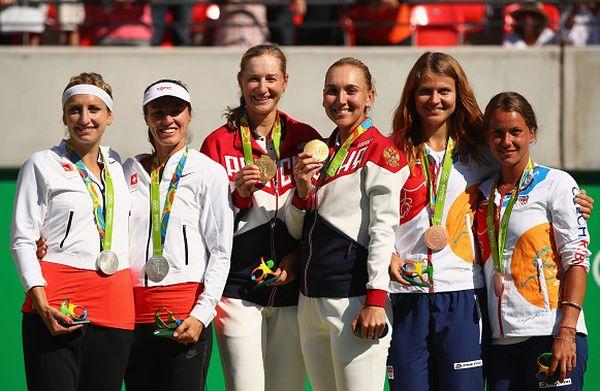 dublu makarova vesnina podium olimpic