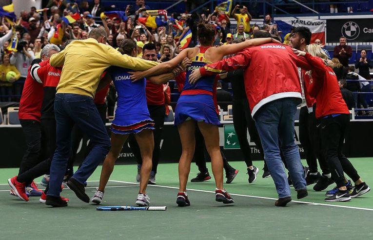 hora bucuriei echipei de Fed Cup a Romaniei