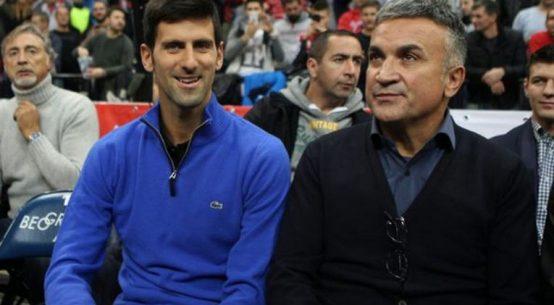 Novak Djokovic, alături de tatăl său, Srdjan