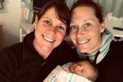 Samantha Stosur cu iubita ei, Liz, si cu fetita lor