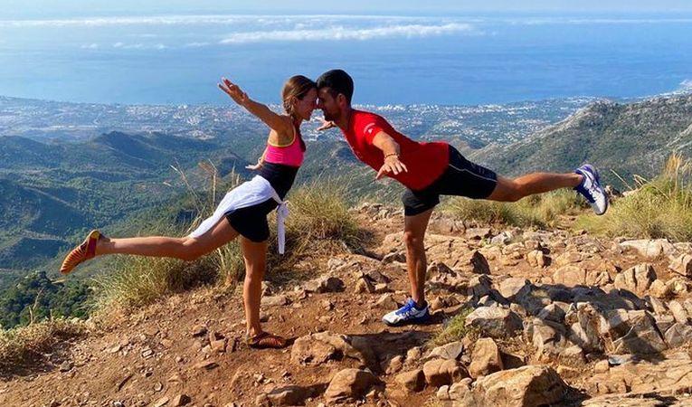 """Novak Djokovic și soția lui, Jelena, în concurs de """"cumpene"""""""