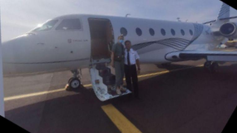 Simona Halep s-a fotografiat cu pilotul înainte de a pleca spre Roma