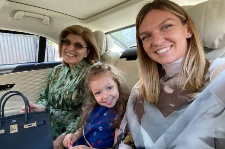 Simona Halep, nepoata ei și mama sa, trei generații de femei Halep