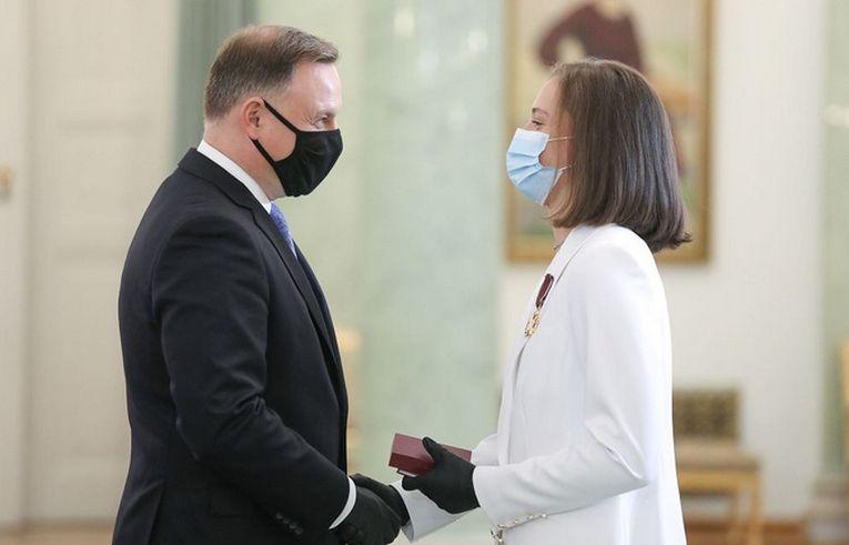 Iga Swiatek și președintele Poloniei au purtat măști și mănui
