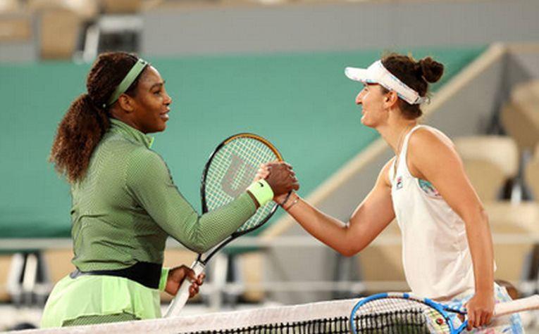 Irina Begu a fost învinsă de Serena Williams