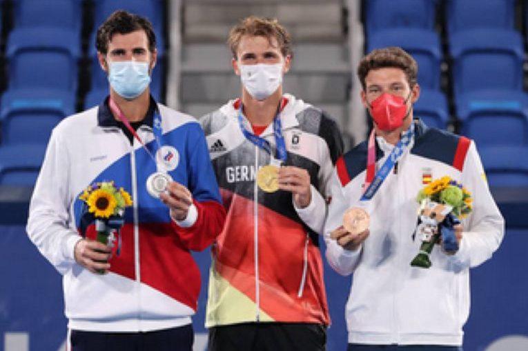 Podiumul masculin al Jocurilor Olimpice de la Tokyo